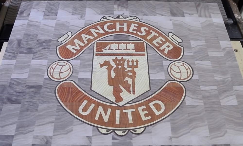 Tässäkö on Manchester Unitedin uusi kotipaita.