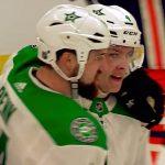 Mikä suoritus ja mikä laukaus Miro Heiskaselta - nuori suomalaispuolustaja maalasi Edmonton Oilersia vastaan.