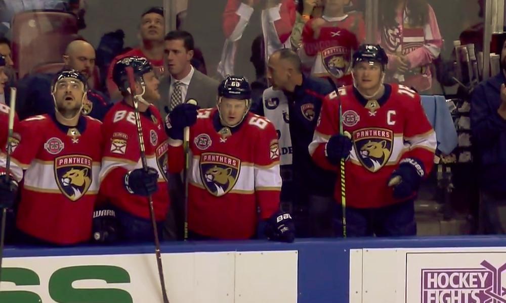 """Aleksander Barkov rikkoi Buren ennätyksen ja sai Florida Panthers -faneilta """"standing ovationin""""."""