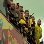 Furuholm Pukin juhlinnasta: Valioliigaan nousseella Norwich Cityllä, ja ykköspyssy Teemu Pukilla, on pitkät bileet käynnissä.