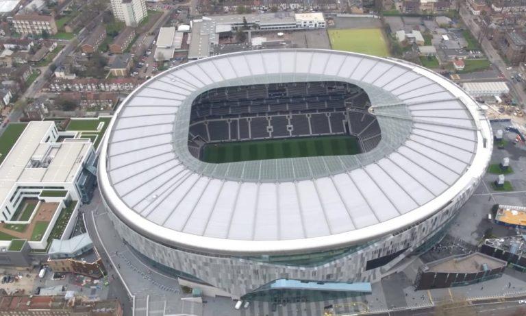 Yli 62 000 Tottenham-fania seuraavat Mestarien liigan finaalia stadionilla.