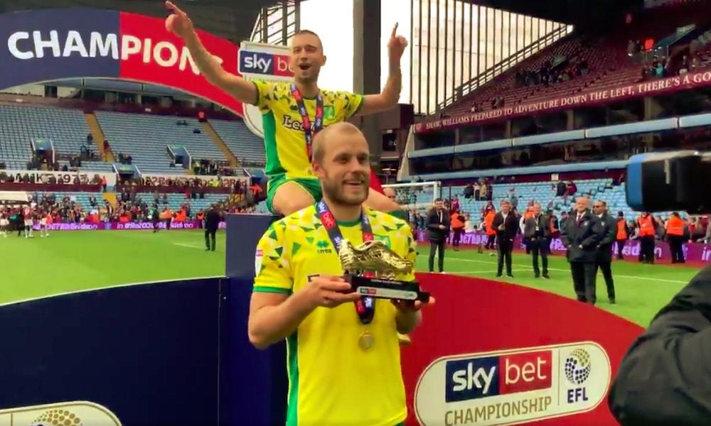 Teemu Pukki allekirjoitti kolmivuotisen jatkosopimuksen Norwichin kanssa: seura nousi tulevaksi kaudeksi Valioliigaan, Pukin viimeistellessä joukkueelleen huimat 30 maalia!