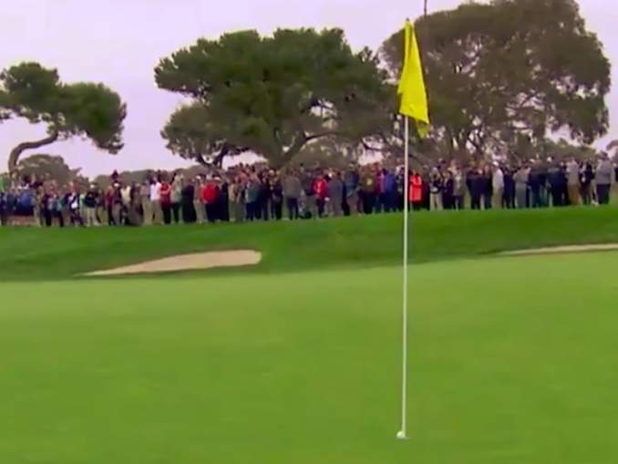 Videota Tiger Woodsin lyönnistä PGA-kiertueen kisassa, jossa pallo upposi kuppiin, mutta se pomppasi pohjalta takaisin ylös, on katsottu huimat 3 miljoonaa kertaa.