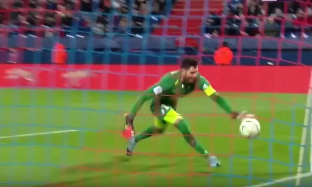 Ligue 2-maalivahti Brice Maubleulta nähtiin karmaiseva oma maali.