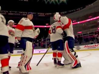 Florida Panthersin Aleksi Saarelalta kaksi namupassia: joukkue kaatoi vieraissa hallitsevan Stanley Cup -mestarin 2-1.
