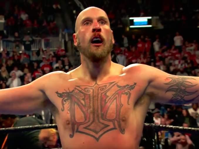Helenius sai omituisen mestaruusvyön tietämättään, kun hän shokeerasi nyrkkeilymaailmaa tyrmäämällä Adam Kownackin.