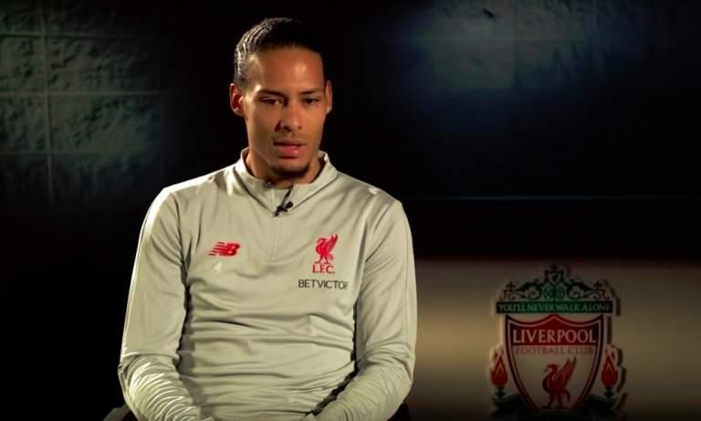 Jamie Carragher kalasteli twitterissä kehuja Virgil van Dijkilta, mutta Liverpool-legenda joutui jäämään rannalle ruikuttumaan.