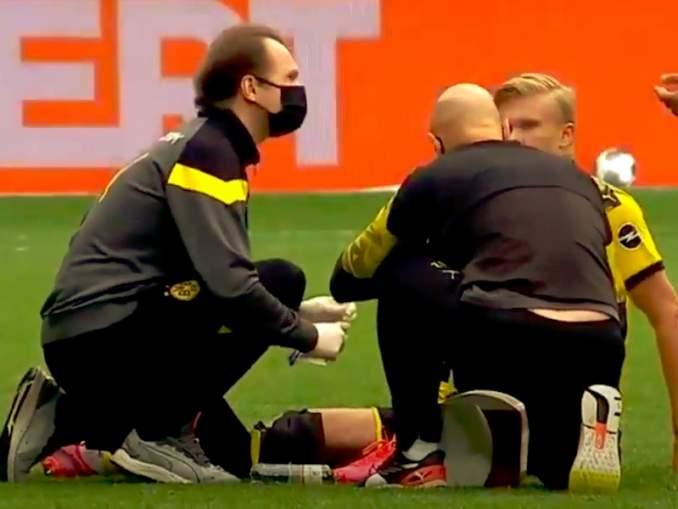 Erling Håland taitaa selvitä säikähdyksellä eilisestä loukkaantumisestaan, kun hän törmäsi tuomariin Bayern München ja Dortmundin välisessä ottelussa.