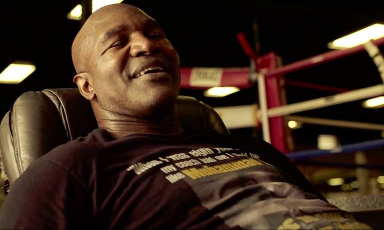 """Onko Holyfield oikea vastustaja Tysonille? On nimittäin erittäin vaikea nähdä, että """"Iron Mike"""" tyytyisi johonkin läpsyttelyyn, vaikka kyse olisikin hyväntekeväisyydestä."""