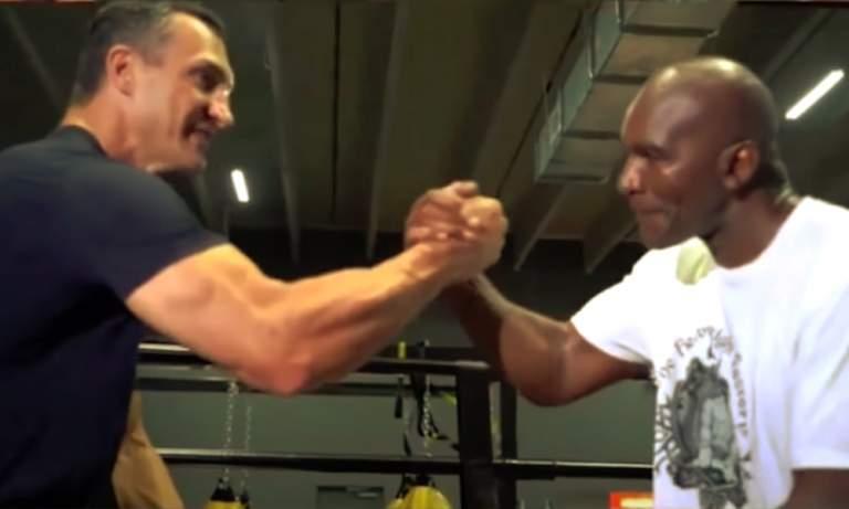 Wladimir Klitschko auttaa Evander Holyfieldia valmistautumaan tulevaan hyväntekeväisyysotteluunsa - kenties Mike Tysonia vastaan.