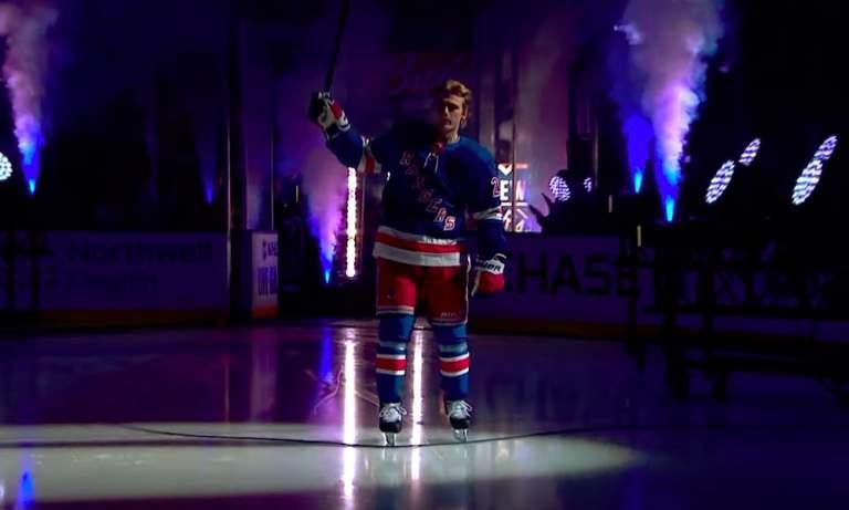 Kaapo Kakon joukkuekaveri Lias Anderssonon tehnyt rajun päätöksen; hyökkääjä ei meinaa matkata Pohjois-Amerikkaan NHL:n pudotuspeleihin.