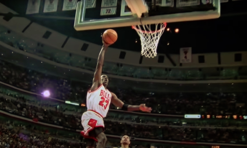 Michael Jordan nakutti 51 pistettä vielä 38 vuoden ikäisenä, edustaessaan NBA:ssa Washington Wizardsia.