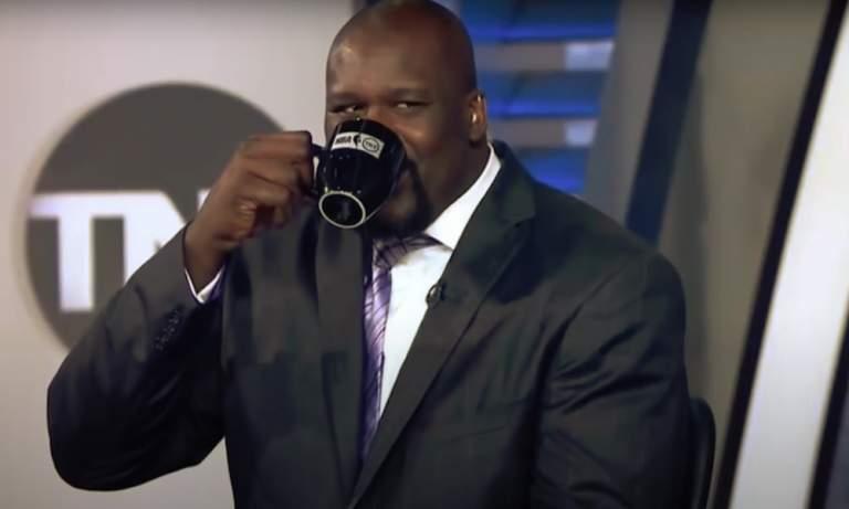 Shaquille O'Neal päivitteli kaljuuntumistaan ja kuittaili itse itselleen, esiintyen LeBron Jamesina.