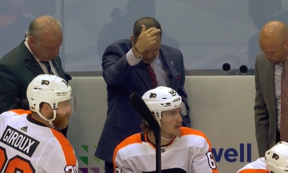 Nähtiinkö NHL:ssä, Philadelphia Flyersin päävalmentaja Alain Vigneaultin toimesta, idioottimaisin haasto koskaan?