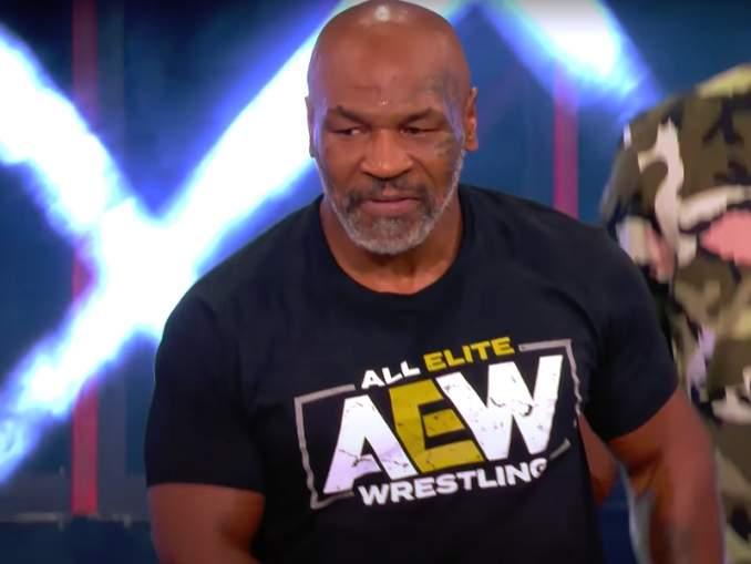 Mike Tyson valmis kohtaamaan aktiivinyrkkeilijän: unelmoi Anthony Joshua vastaan ottelemisesta.