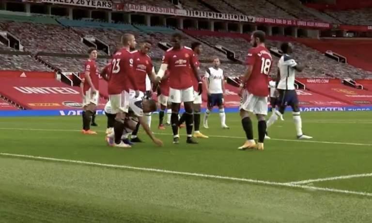Manchester Unitedin Anthony Martial lensi ulos Tottenhamia vastaan tilanteesta, josta myös Erik Lamelan olisi tullut eittämättä saada punainen kortti.