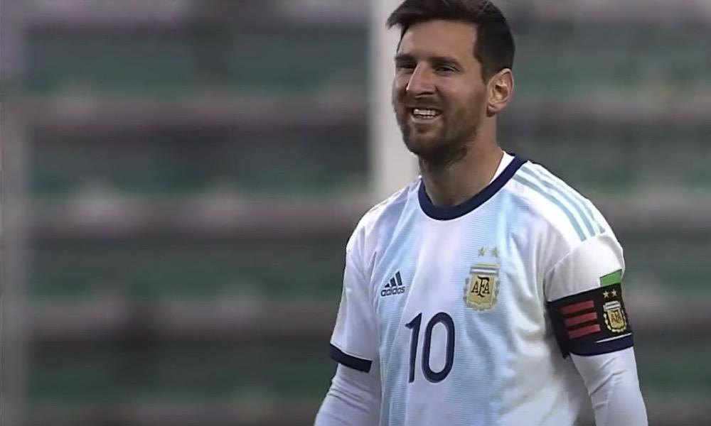 Lionel Messin mieletön lokakuu: ensiksi päättyi FC Barcelonan kirous Celta Vigoa vastaan, sitten Argentiinan kirous Boliviaa vastaan.