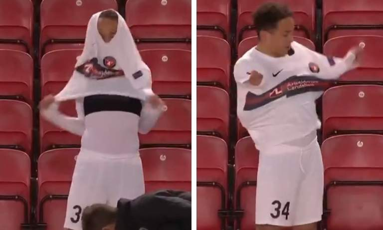 FC Midtjylland-pelaajalla hulvaton tapa pukea pelipaita ylleen.