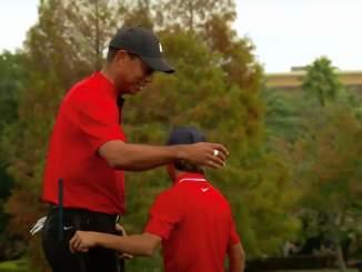 Onko yhteiskuva Tiger Woodsista ja Charlie Woodsista Vuoden urheilukuva 2020?
